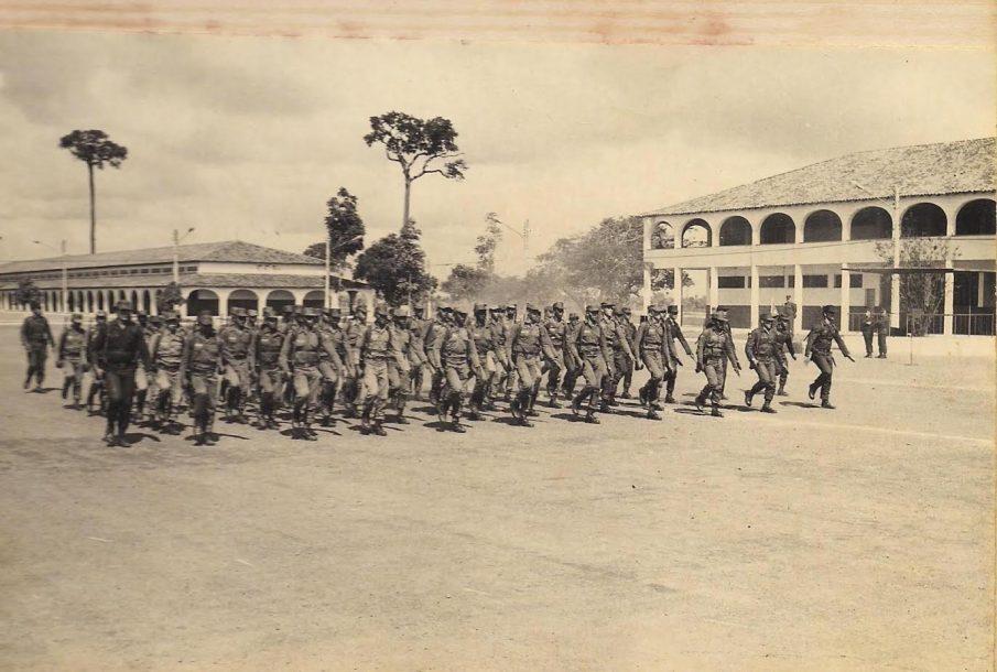 Fotos antigas do Batalhão do Exército em Marabá