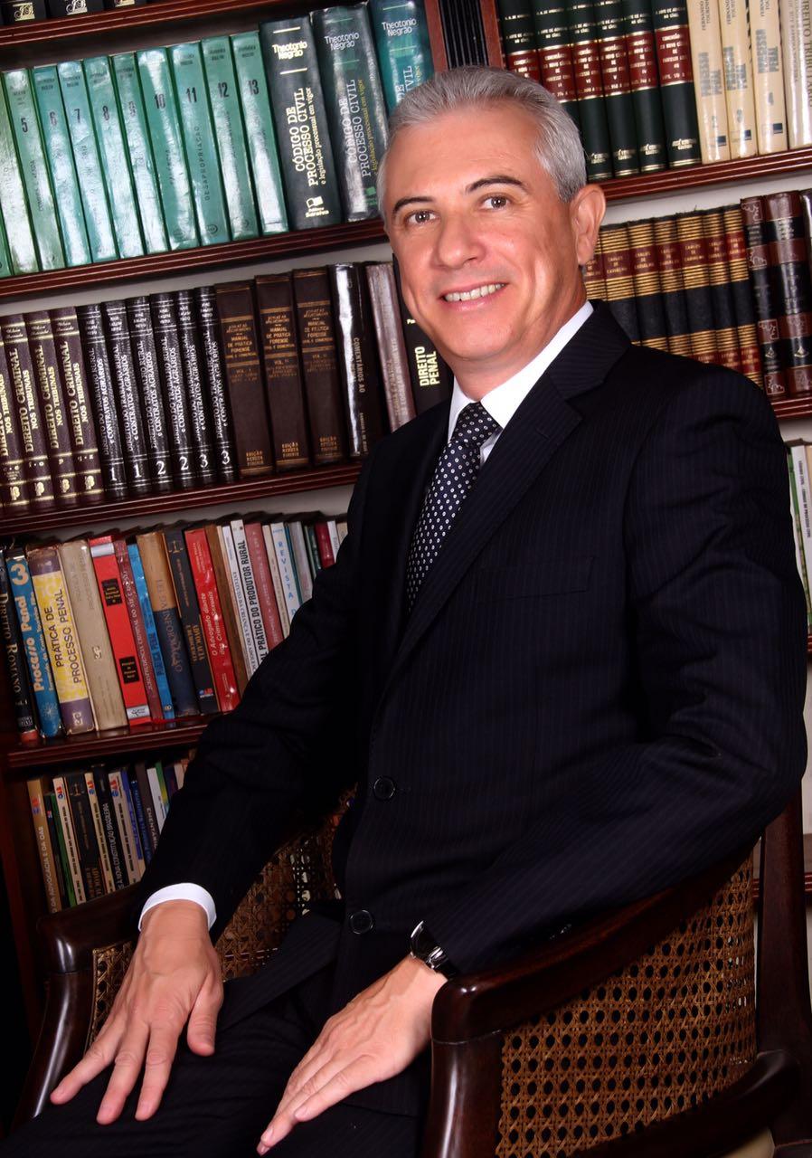 advogado Vitor Hugo Pelles